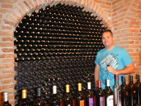 Valley Girl Baja Wine: Enjoying my time thouroughly at Baron Balch'e