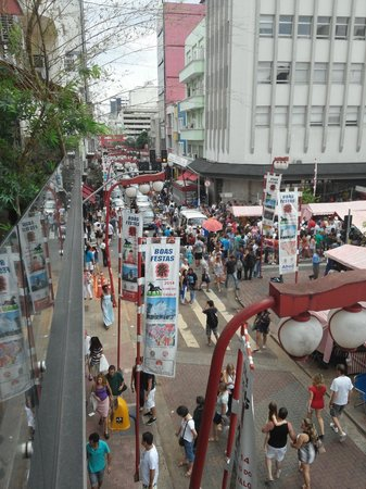 Liberdade street market