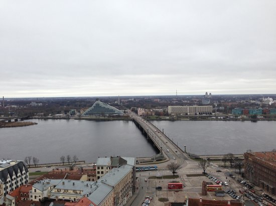 View of Riga from St Peter's Church Tower: Мост, река