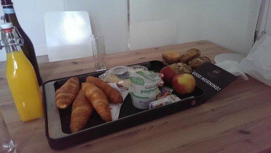 Hoogenweerth Suites: Breakfast