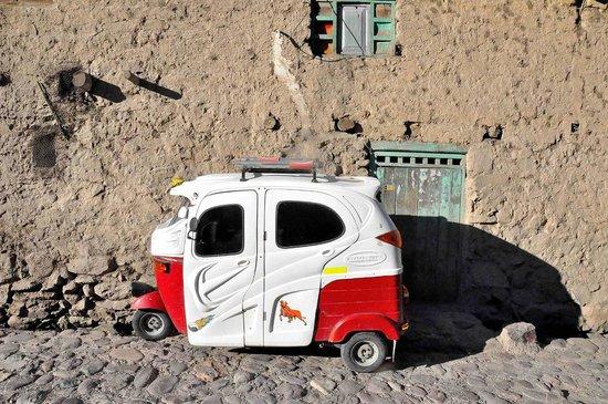 B&B Picaflor Tambo: Ollantaytambo moto-taxi