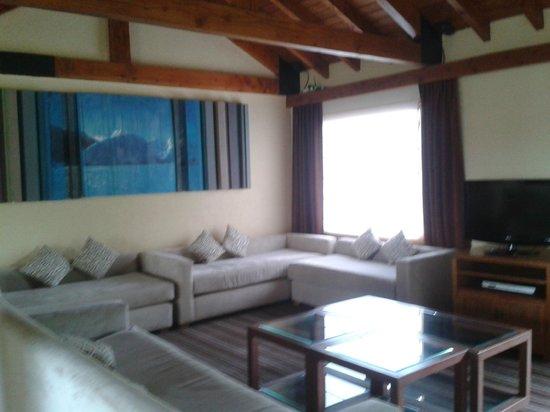 Hotel Mirador del Lago: Comedor con vista al lago