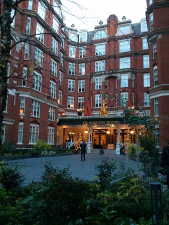 St. Ermin's Hotel, Autograph Collection: Hotel exterior