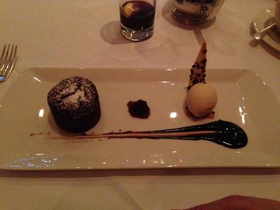 The River Room : AMAZING chocolate fondant