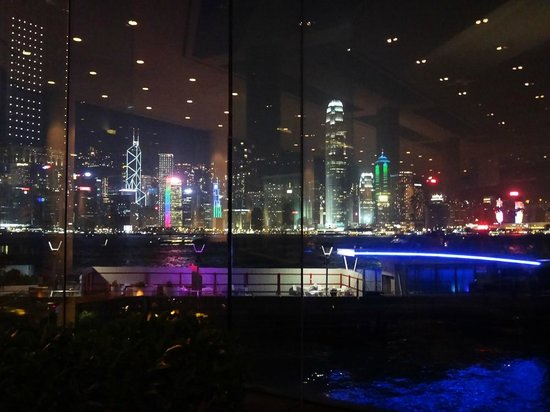InterContinental Hong Kong : View from the Bar