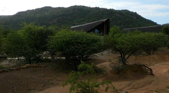 Pilanesberg Private Lodge : Another chalet from the grounds