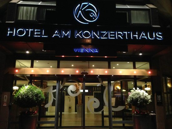 Hotel Am Konzerthaus Vienna MGallery by Sofitel: Hotel Entrance