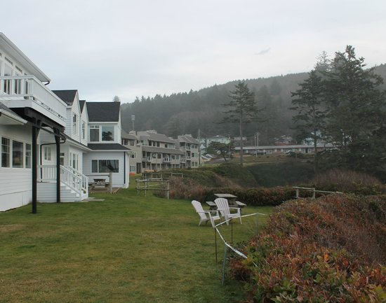Inn at Arch Rock : Grounds
