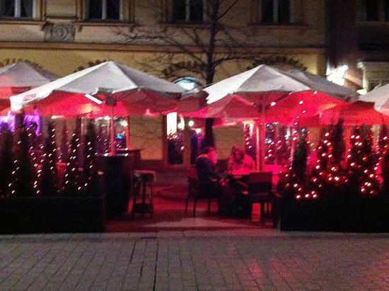 Rezydent Hotel : Bars in the krakow square