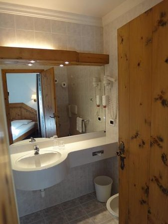 Hotel al Lupo : Badezimmer