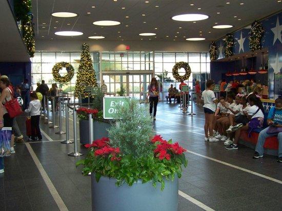 Disney's All-Star Sports Resort : hall