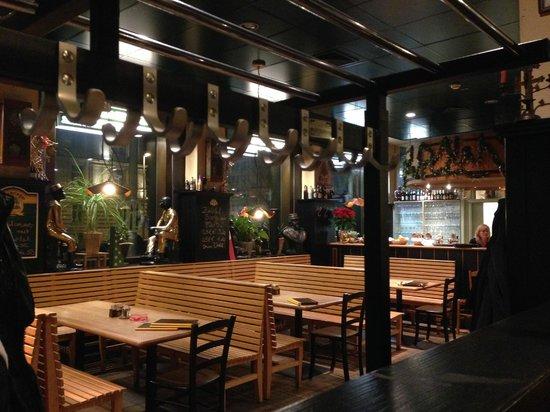 Bierreither: Nice Clean restaurant