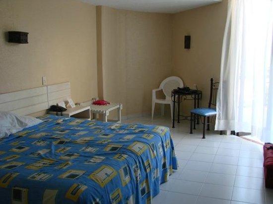 Hotel Fontan Ixtapa: habitacion