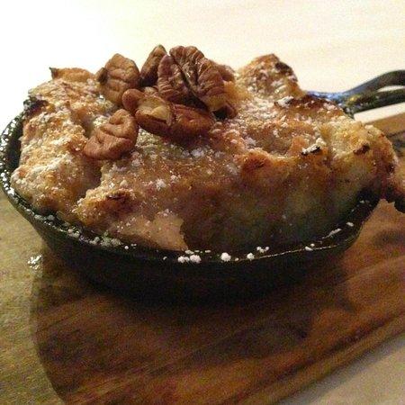 Swank Southern Kitchen: Walnut Bread Pudding