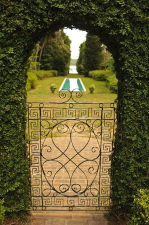 Alfred B. Maclay Gardens State Park : Secret Garden Outside