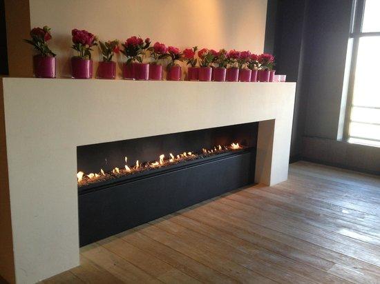Van der Valk Hotel Houten-Utrecht: lobby lounge first floor