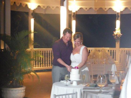 Sandals Ochi Beach Resort: our wedding reception on the Reef terrace