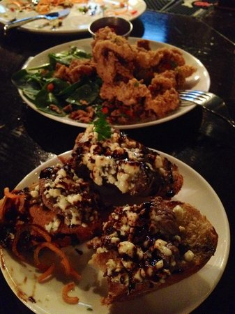 Hensleys Top Shelf Grill: Black and blue Bruschetta and lamb fries.