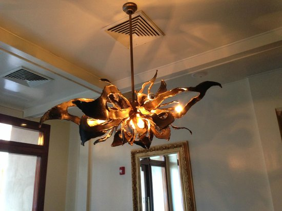The Oliver Hotel : Loved this lobby light fixture. Sets the eclectic tone of modern and retro.