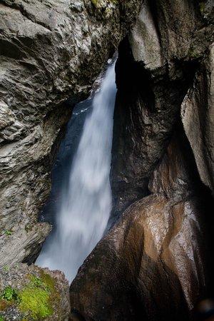 Trummelbach Falls: Trummelbach power
