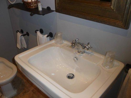 Hotel Palacio de Mengibar: baño