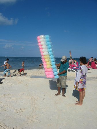 Grand Oasis Palm: Cotton Candy on the beach