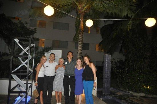 Grand Oasis Palm: New Years with Eduardo Perez