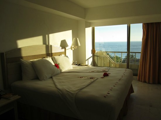 Tesoro Ixtapa : Notre chambre... vue sur la mer