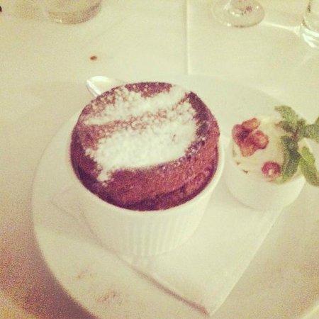 Restaurant le Jardin des Saveurs: Chocolate souffle
