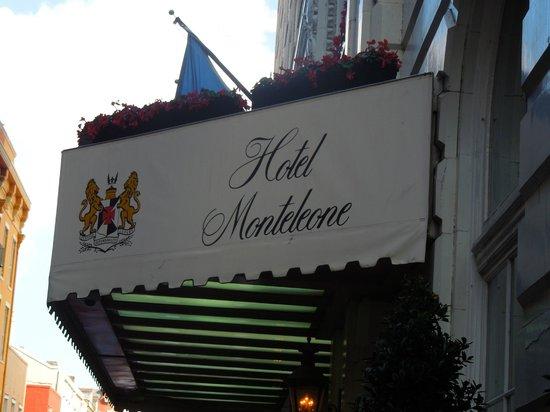 Front entrance Hotel Monteleone