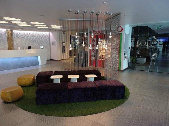 Hotel BLOOM!: Lobby