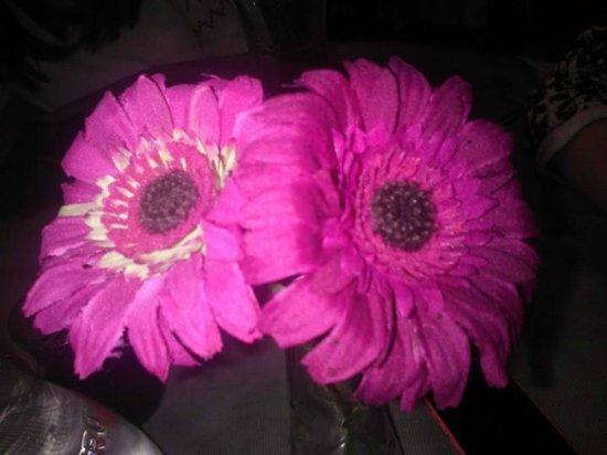 La Locanda d'Avelle: fiori sui tavoli