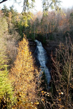 Pictured Rocks National Lakeshore: falls