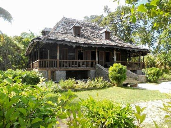 Plantation House National Monument