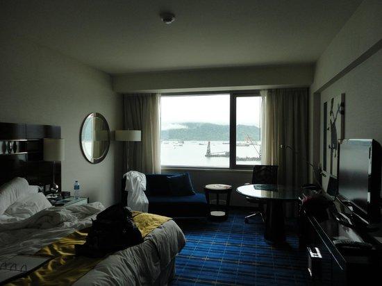 Hong Kong SkyCity Marriott Hotel : My room