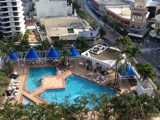 Mantra on View Hotel : view of hotel pool from above.