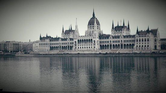El parlamento de budapest, Hungría