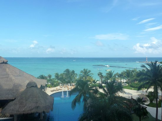 Grand Fiesta Americana Coral Beach Cancun: View from our 3rd floor balcony