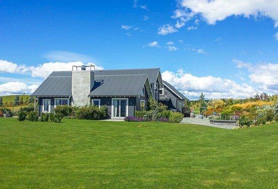 Dusky Ridges - Te Anau farmstay Bed and Breakfast: Dusky Ridges - Te Anau Farmstay