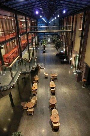 NH Heidelberg : Lobby von oben