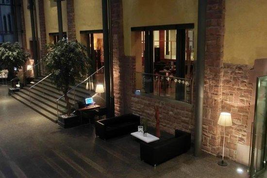 NH Heidelberg: Lobby und Bar