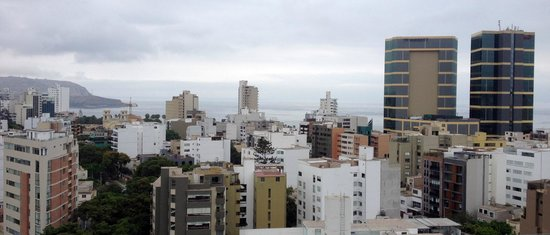 Hilton Lima Miraflores: Rooftop View toward Pacific