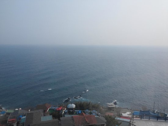 Mukho Lighthouse Park: view in observatory