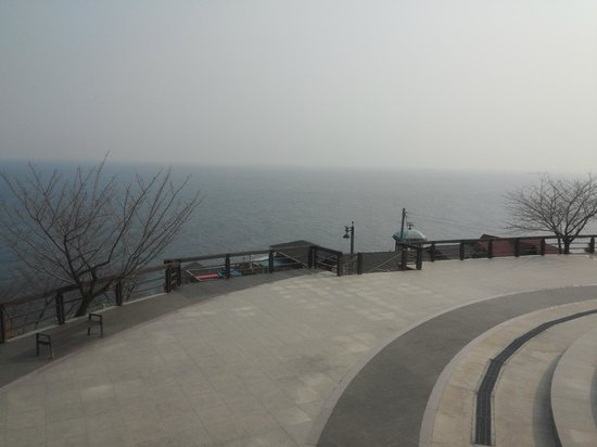 Mukho Lighthouse Park: in area