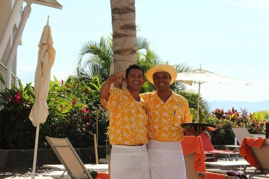 Now Amber Puerto Vallarta: Gustavo and Jose our awesome pool waiters