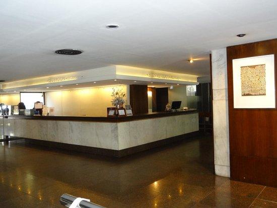 Hotel Aconcagua: lobby