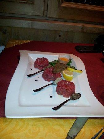 Ristoranten Pepe Nero: Tartar di carne