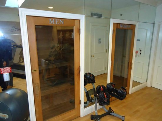 Omni Royal Crescent Hotel: Saunas in the Fitness Center
