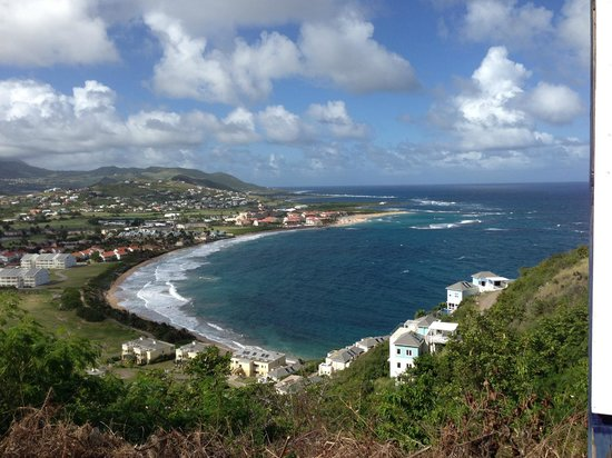 St. Kitts Marriott Resort & The Royal Beach Casino: Overlooking Frigate Bay