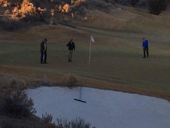 18th hole at Brasada Ranch